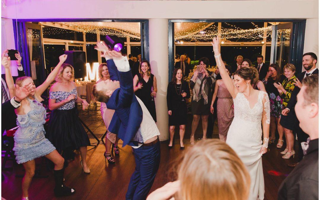 5 Tips To Get EVERYONE On Your Wedding Dancefloor!